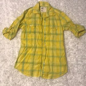 XS yellow plaid American Eagle button down shirt